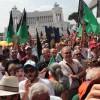 Foto e aggiornamenti dalla manifestazione a Roma