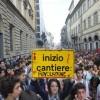 Sciopero: scendono in piazza gli studenti. Protesta contro Gelmini e governo Berlusconi