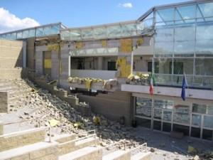 La facoltà di Ingegneria a Roio subito dopo il sisma del 6 aprile 2009