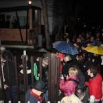 CHIODI DIMETTITI! Assalto degli aquilani alla Regione Abruzzo