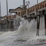 Cina, in arrivo il tifone che ha fatto 35 morti alle Filippine. Hong Kong paralizzata