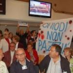 Consiglio Regionale: cittadini occupano l'aula, si chiedono le dimissioni di Cicchetti