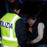 SICUREZZA: ROMENO UBRIACO SI SCONTRA CON VOLANTE, DENUNCIATO