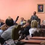 TERREMOTO: TANTE POLEMICHE NELLA SEDUTA DEL CONSIGLIO COMUNALE (VIDEO)