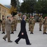 L'AQUILA CHE MUORE: CHIUDE ANCHE LA CASERMA PASQUALI, ALCUNE REAZIONI