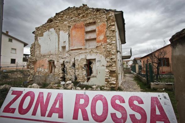 Onna, uno dei paesi piu' colpiti del terremoto del 6 aprile 2009