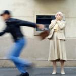 L'AQUILA, TORRIONE: DONNA ASSALITA IN AUTO, PICCHIATA E RAPINATA