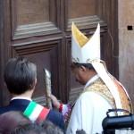 L'AQUILA: COLLEMAGGIO CHIUSA, MA SI POTRÀ VARCARE LA PORTA SANTA