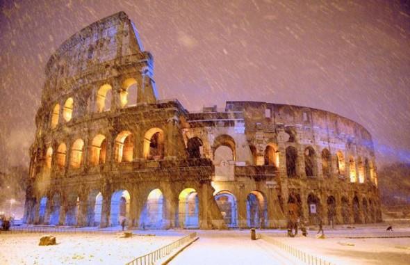 neve al colosseo