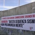 L'AQUILA, STRISCIONI SU ANNIVERSARIO GRANDI RISCHI