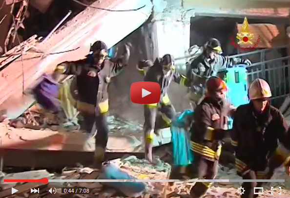 video_vigili_terremoto_laquila