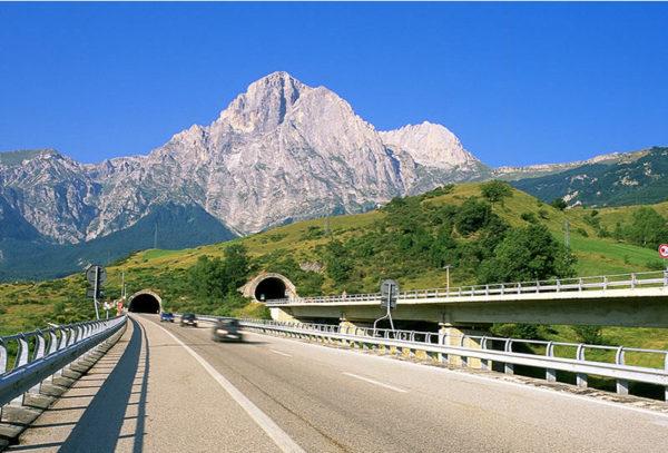 autostrada-dei-parchi-a24