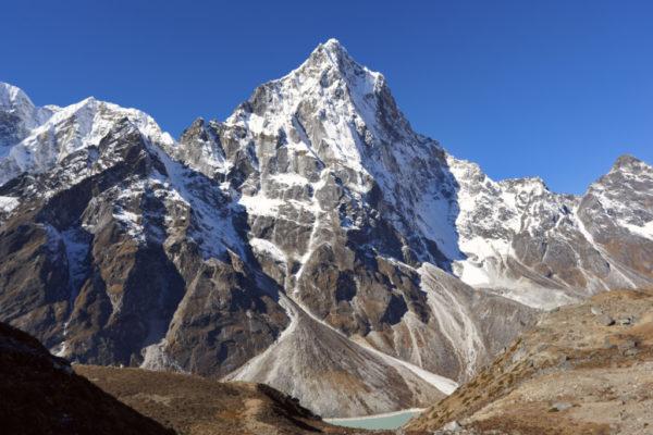 Montagna: una spedizione abruzzese sull'everest