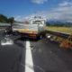 INCIDENTE SULL'A24: AUTO TRAVOLGE MEZZO DI STRADA DEI PARCHI E SI RIBALTA