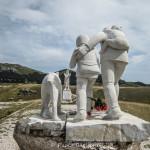 GRAN SASSO: DETURPATO IL MONUMENTO AL PASTORE. AIUTATECI A RIMEDIARE